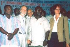 En Ghana, en la Primera Conferencia para la Paz y el Bienestar